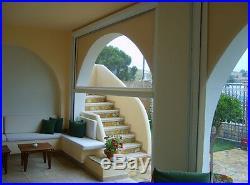 Folienfenster, eine durchsichtige senkrecht Markise als Windschutz u Regenschutz